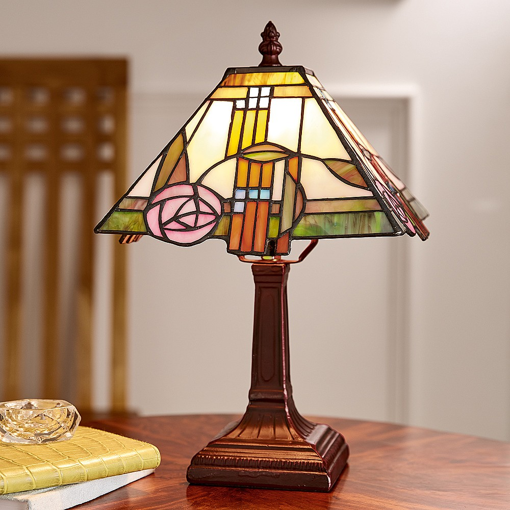 Rose stained glass table lamp