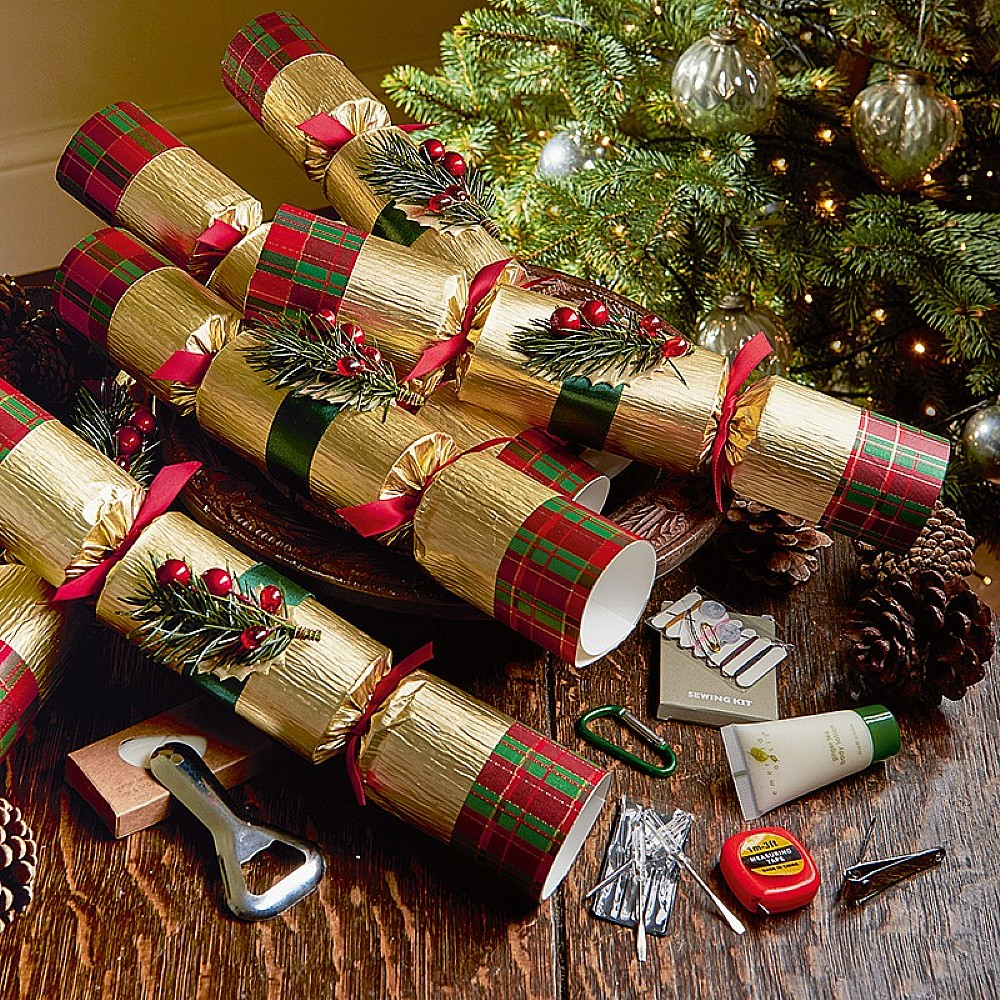 Image of Christmas Pine Crackers