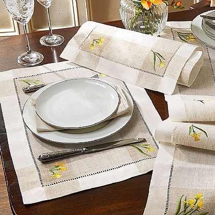 Set 4 Daffodil Placemats