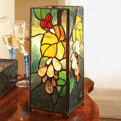 Museum Selection Grapevine Stained Glass Lamp
