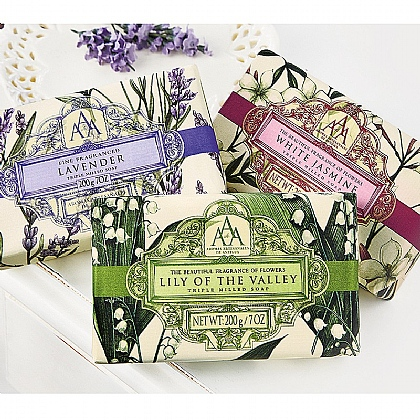 Museum Selection Floral Soap Gift Pack