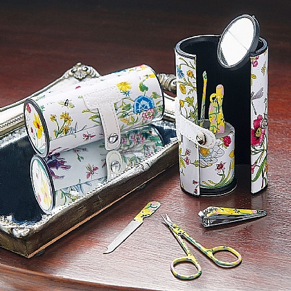 Museum Selection Floral Manicure Set