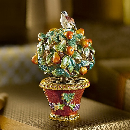 Partridge in a Pear Tree Trinket Box