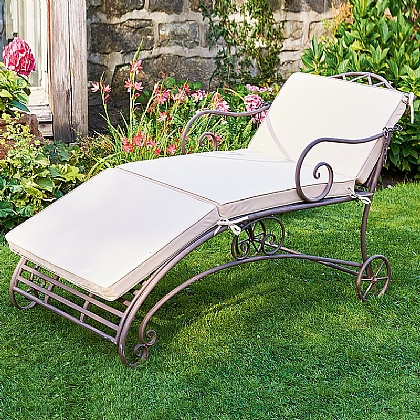 Tyntesfield Garden Lounger