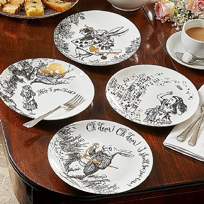 Set of 4 Alice in Wonderland Plates
