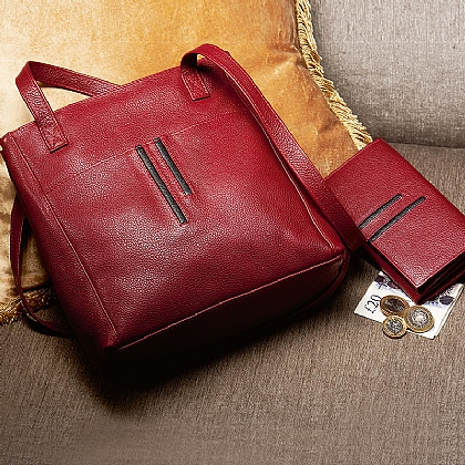 Linear Detail Leather Bag & Wallet